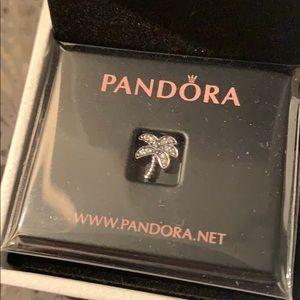 Pandora palm tree petite charm